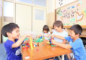 学童保育は平日19時まで延長可能!